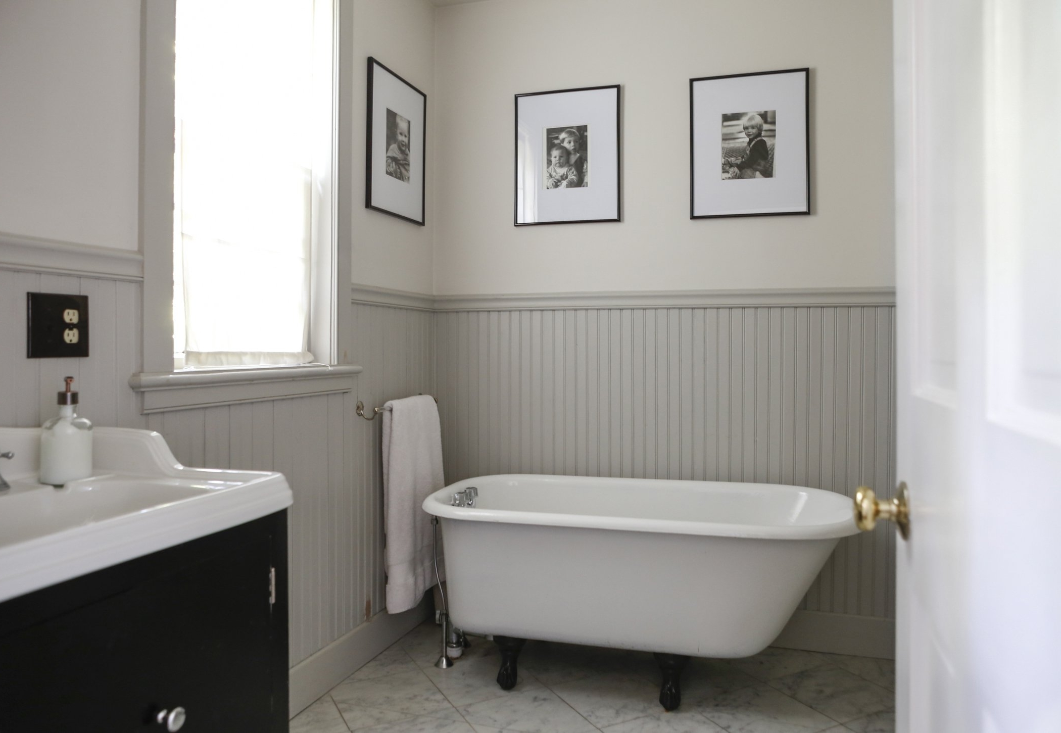 Beadboard Vs Wainscoting | Apartment Therapy Using Beadboard In A Small Bathroom
