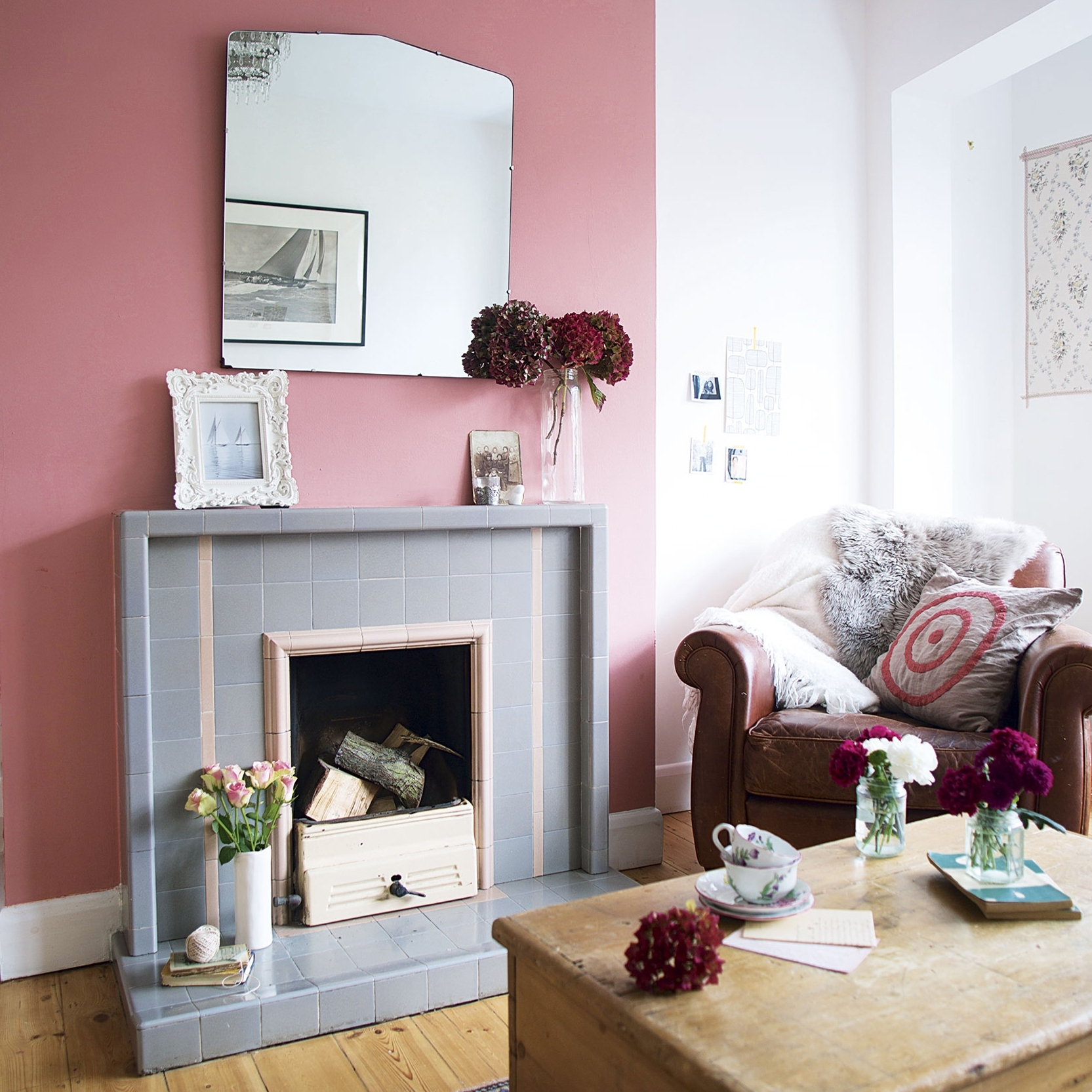 Bright Living Room Colourful Chimney Breast Colour Schemes Living Room Chimney Breast