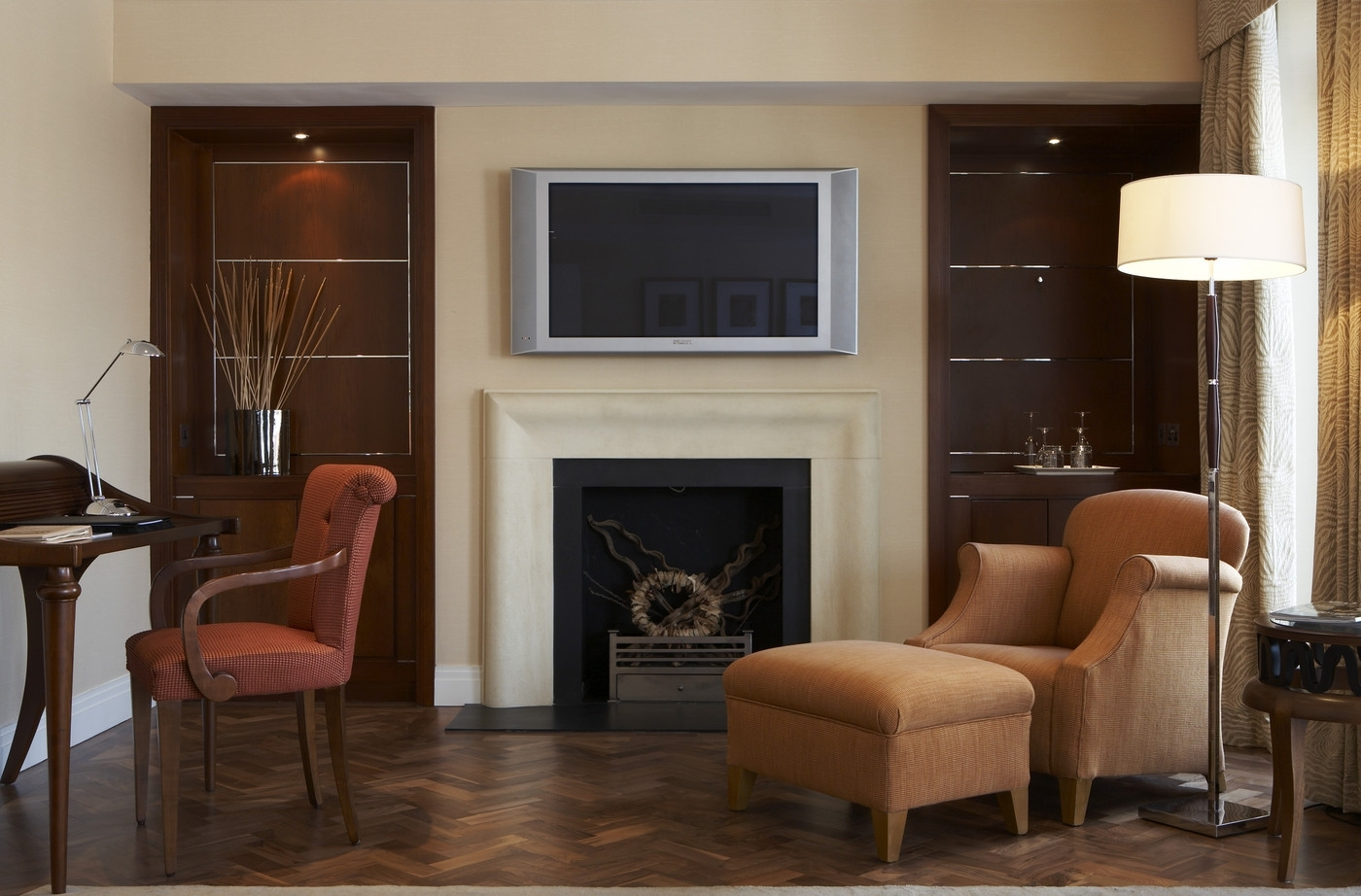 Chimney Breast Photos, Design, Ideas, Remodel, And Decor Lonny Small Living Room With Chimney Breast