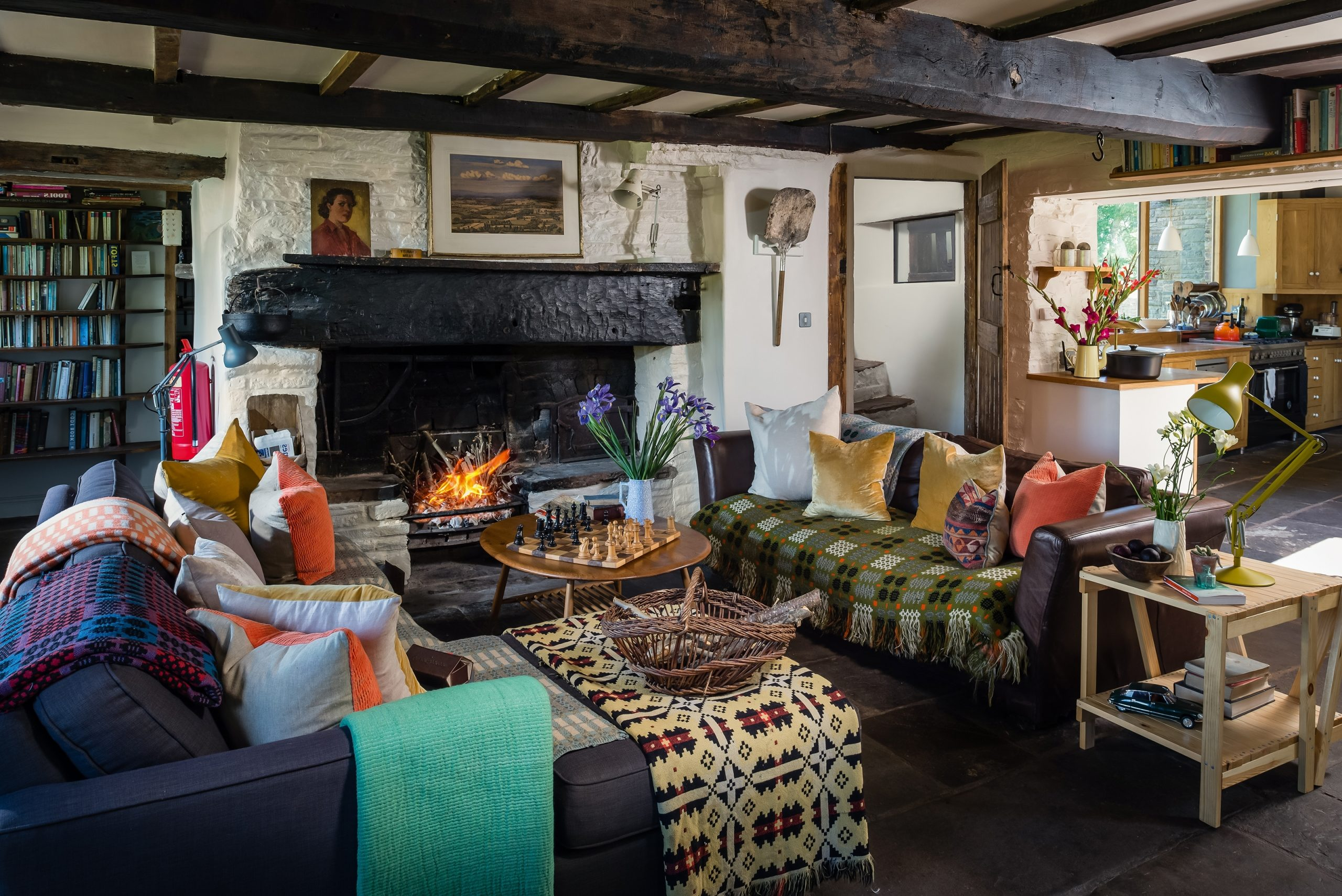 Cottage Living Rooms: 11 Rustic Decorating Ideas | Real Homes 10+ Cosy Country Living Room Ideas