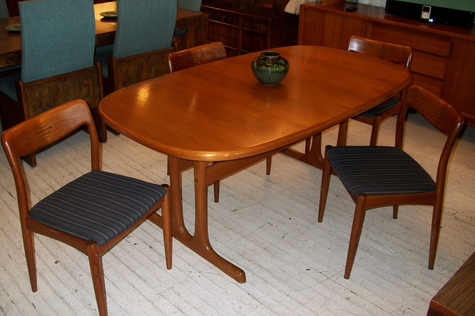 D Scan Solid Teak Dining Room Table & 4 Chairs   An Orange 30+ Mid Century Modern Teak Dining Room Table Inspirations