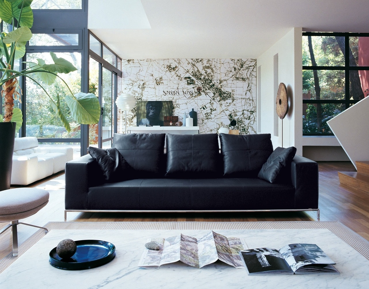 Decorating A Room With Black Leather Sofa Homedecorite 10+ Living Room Decorating Black Leather Couch Inspirations