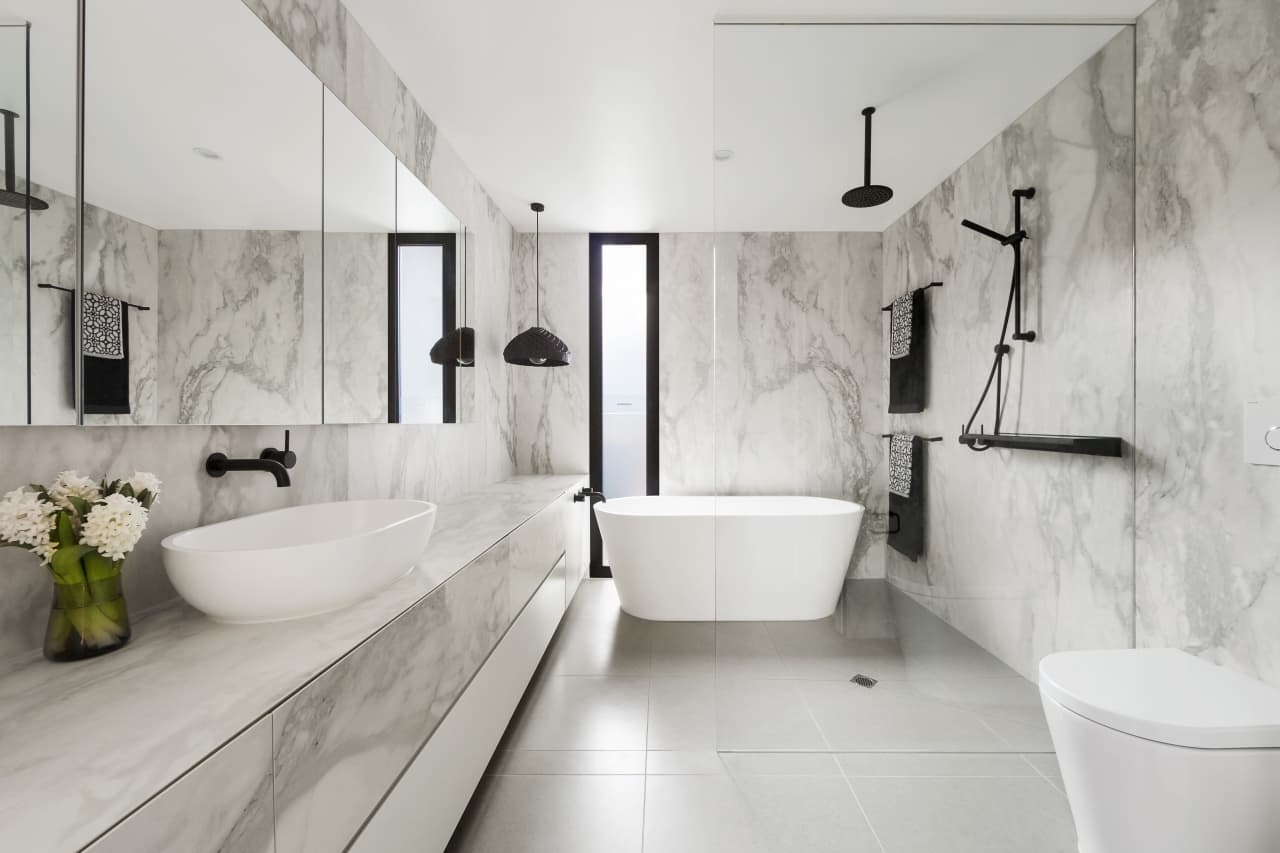 Ensuite Renovation Has Spacious Feel Despite Its… | Trends 10+ Narrow Ensuite Bathroom Ideas