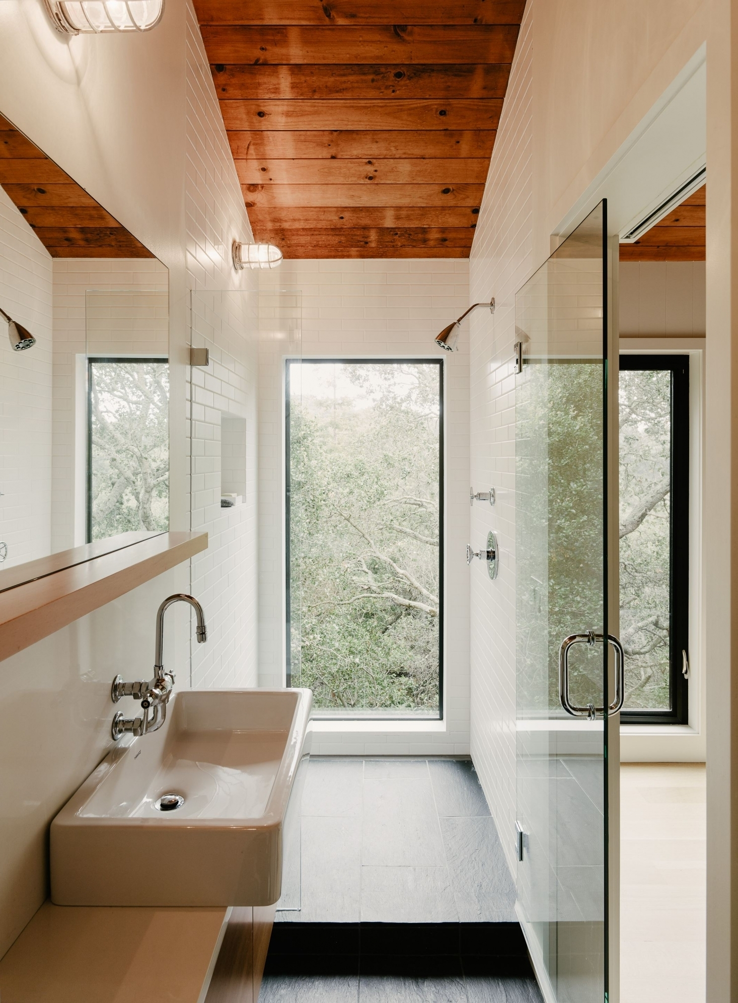 Expert Advice: 10 Essential Tips For Designing The Bathroom 10+ Pitched Roof Bathroom Ideas