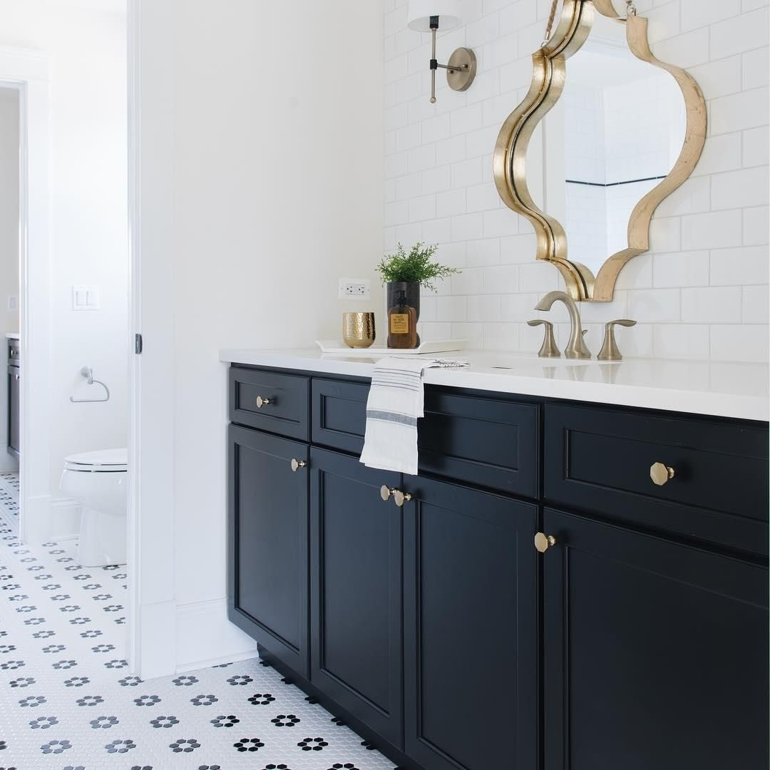 ? This Cute Jack And Jill Bath Is Equal Parts Masculine And Cute Jack And Jill Bathroom