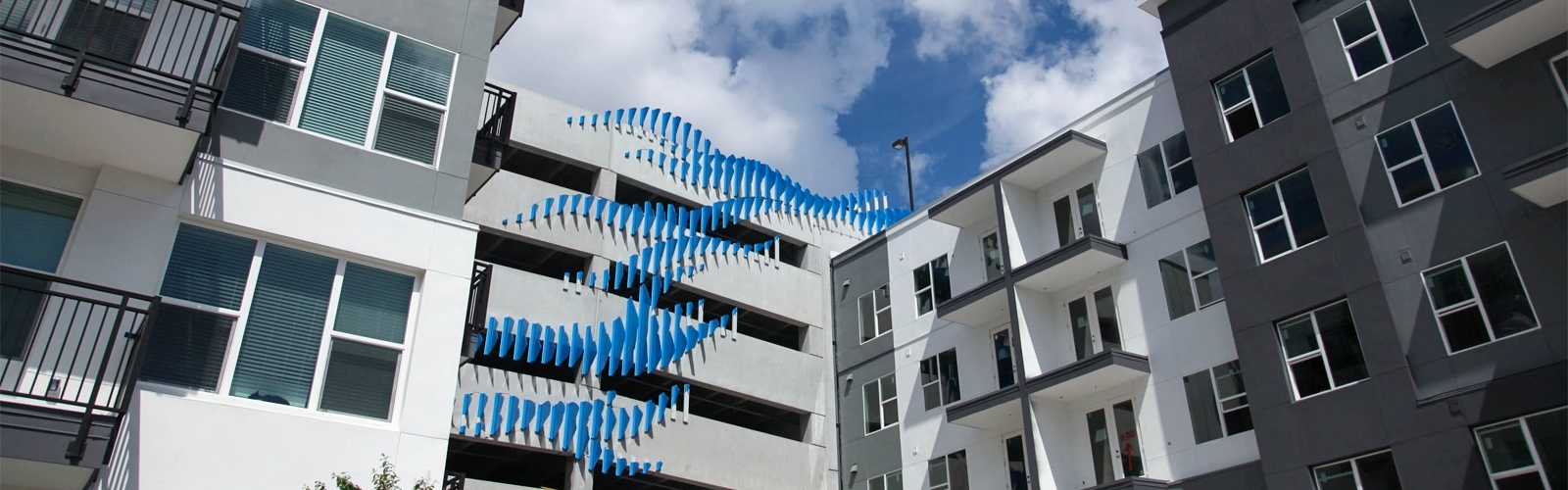 Familiar Design Shapes Many New Tampa Bay Area Apartments Texas Donut Apartment Design
