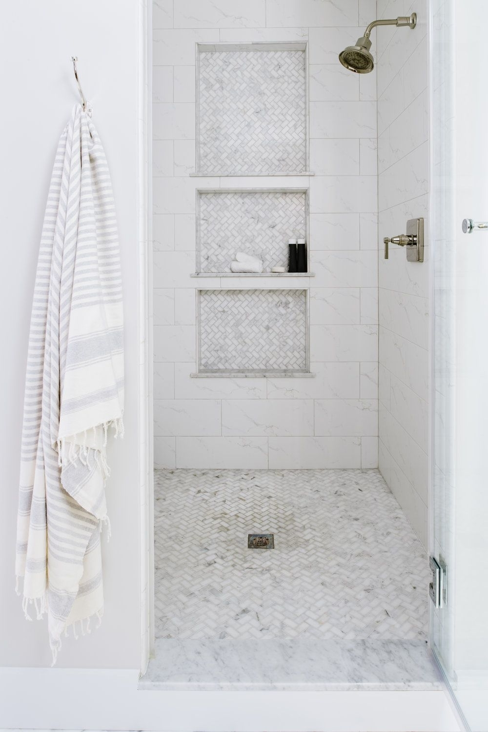 Form & Function: Shower Ledges — Alison Giese Interiors 40+ Bathroom Niche Design Ideas