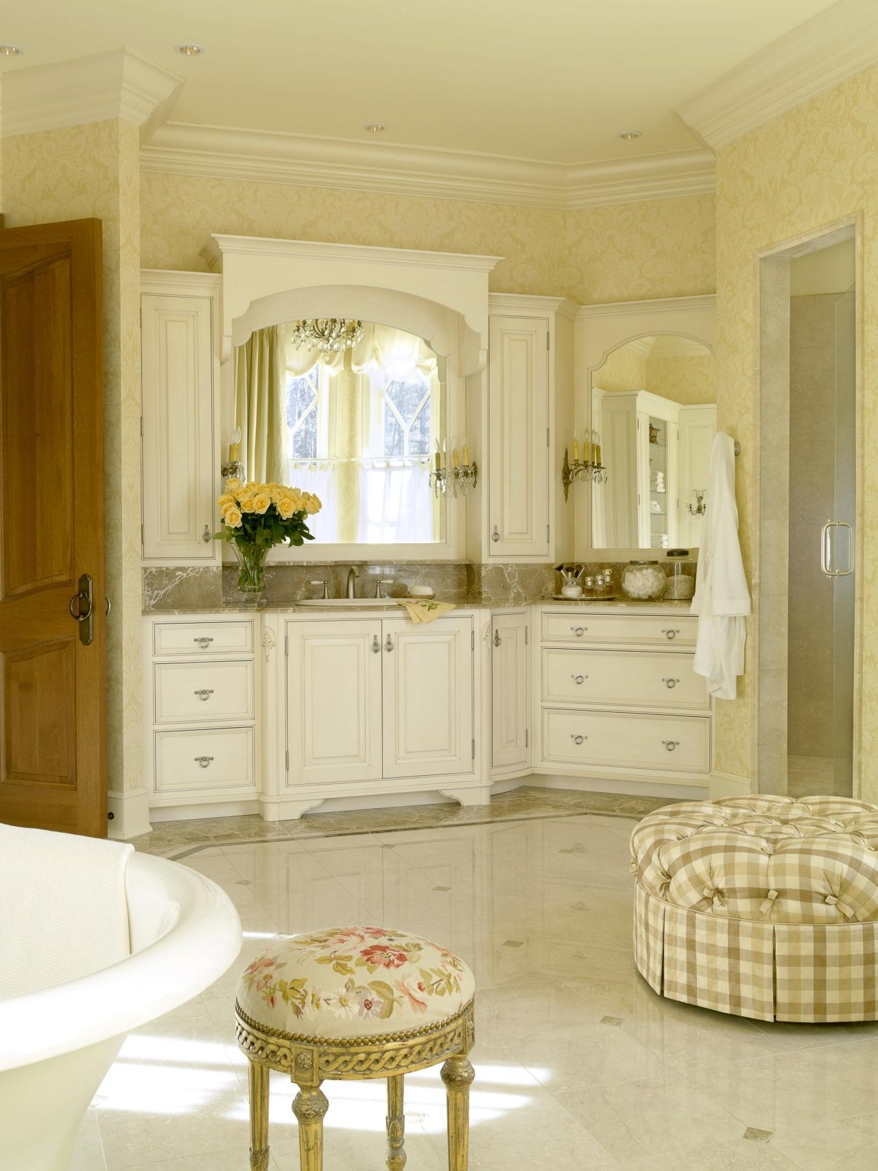 French Country Bathroom Design: Hgtv Pictures & Ideas | Hgtv Romantic Master Bathroom Designs Pictures
