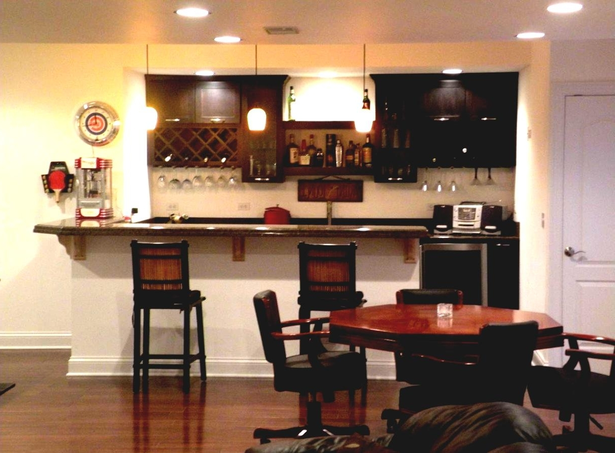 Home Mini Bars:10 Awesome Ideas For Entertaining Guests Small Living Room With Minibar
