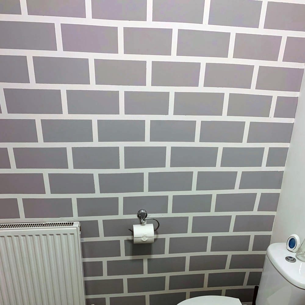 Homeowner Paints Brick Feature Wall In Her Bathroom – Using Frog Tape Bathroom