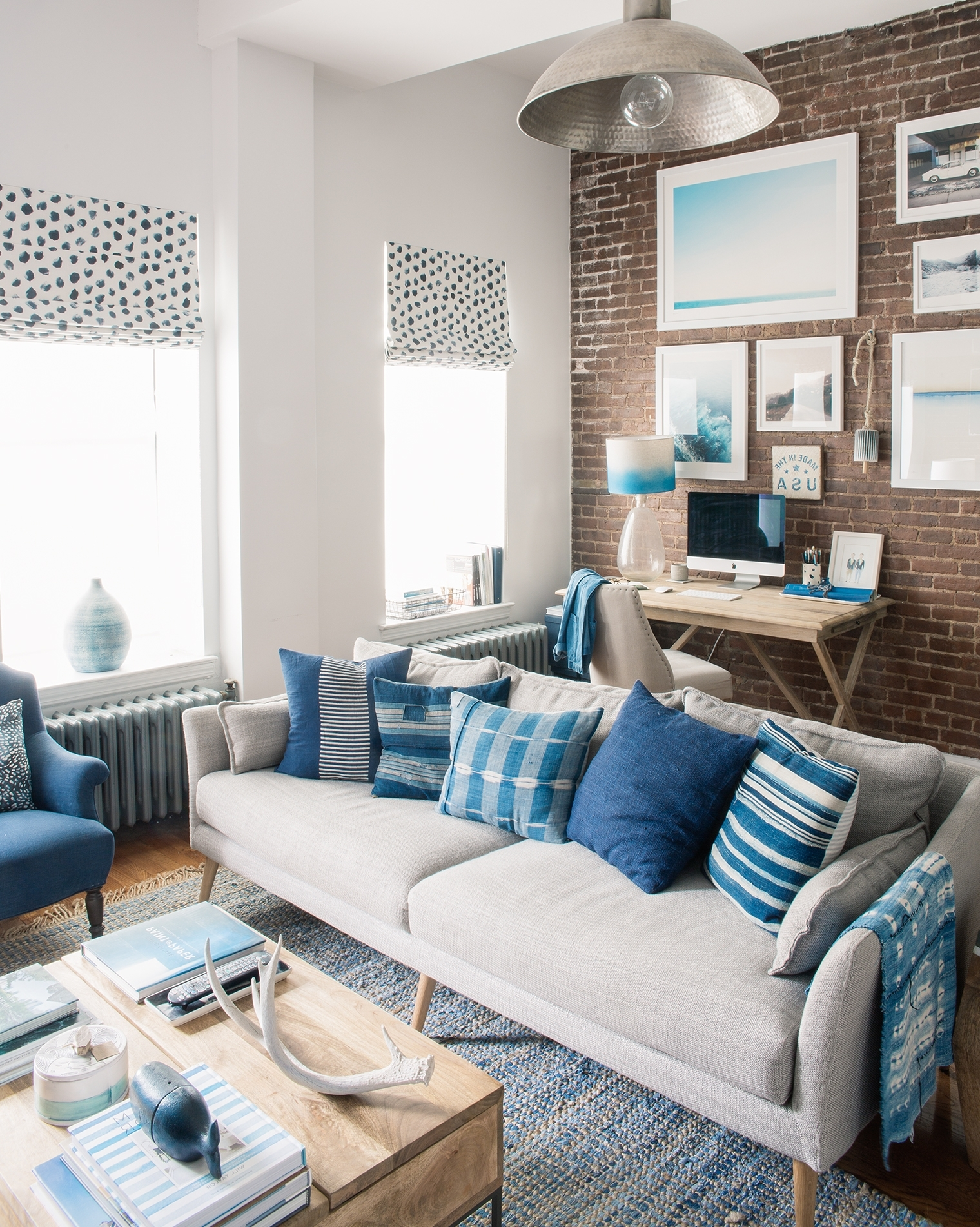 How To Decorate An Nyc Brownstone Apartment Bright Bazaar Brownstone Living Room Decorating