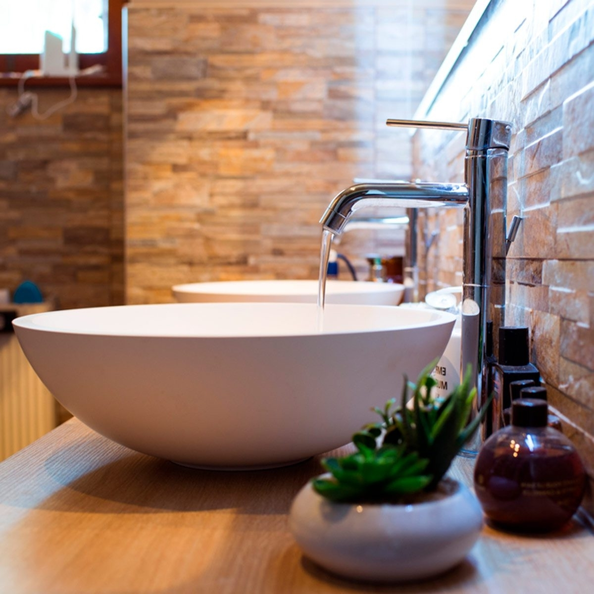 How To Make A Small Bathroom Feel Bigger, According To Joanna Gaines Small Bathroom