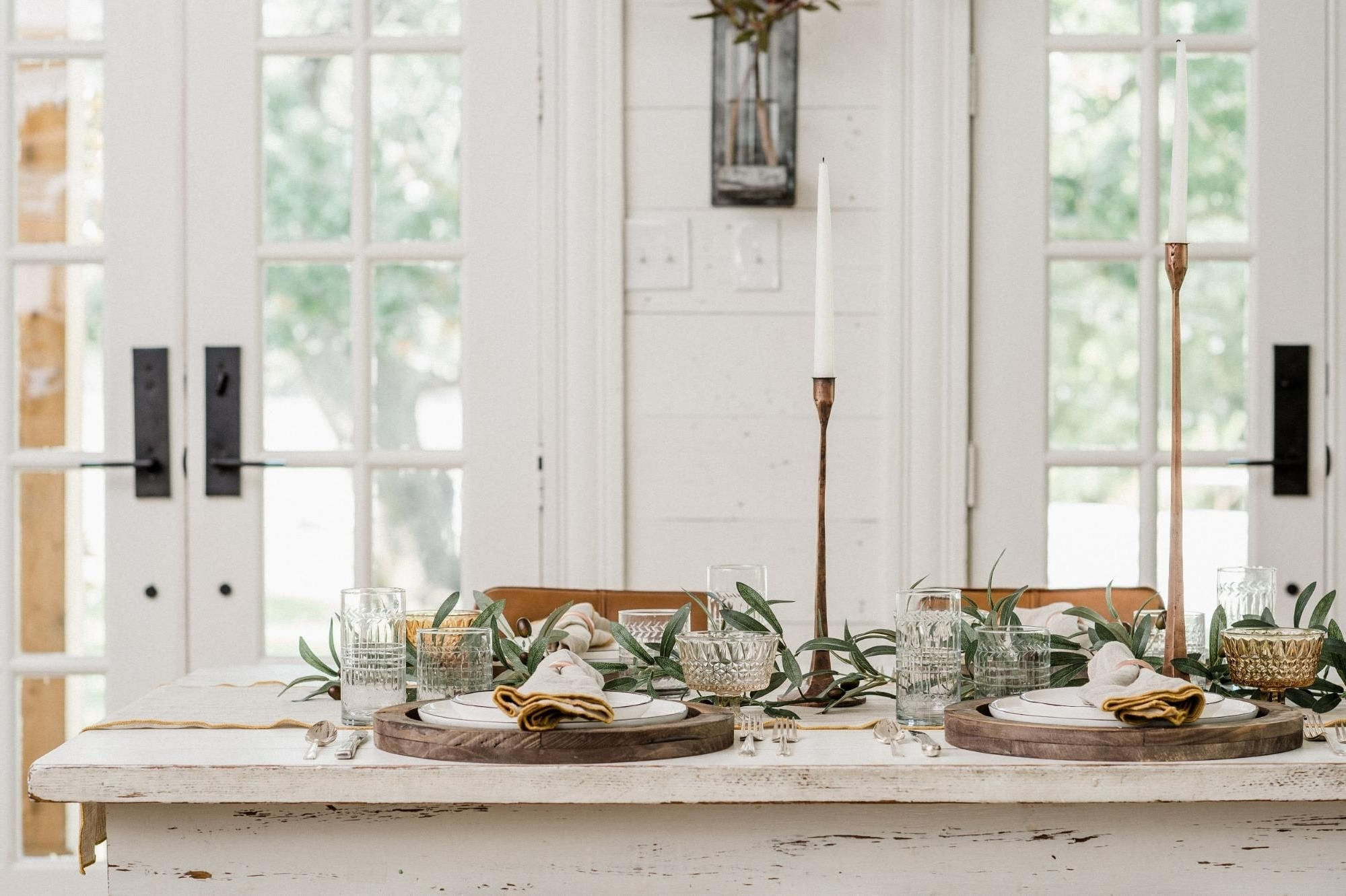 Joanna Gaines'S Thanksgiving Tablescape Joanna Gaines 10+ Joanna Gaines Dining Room Decorating Ideas Inspirations