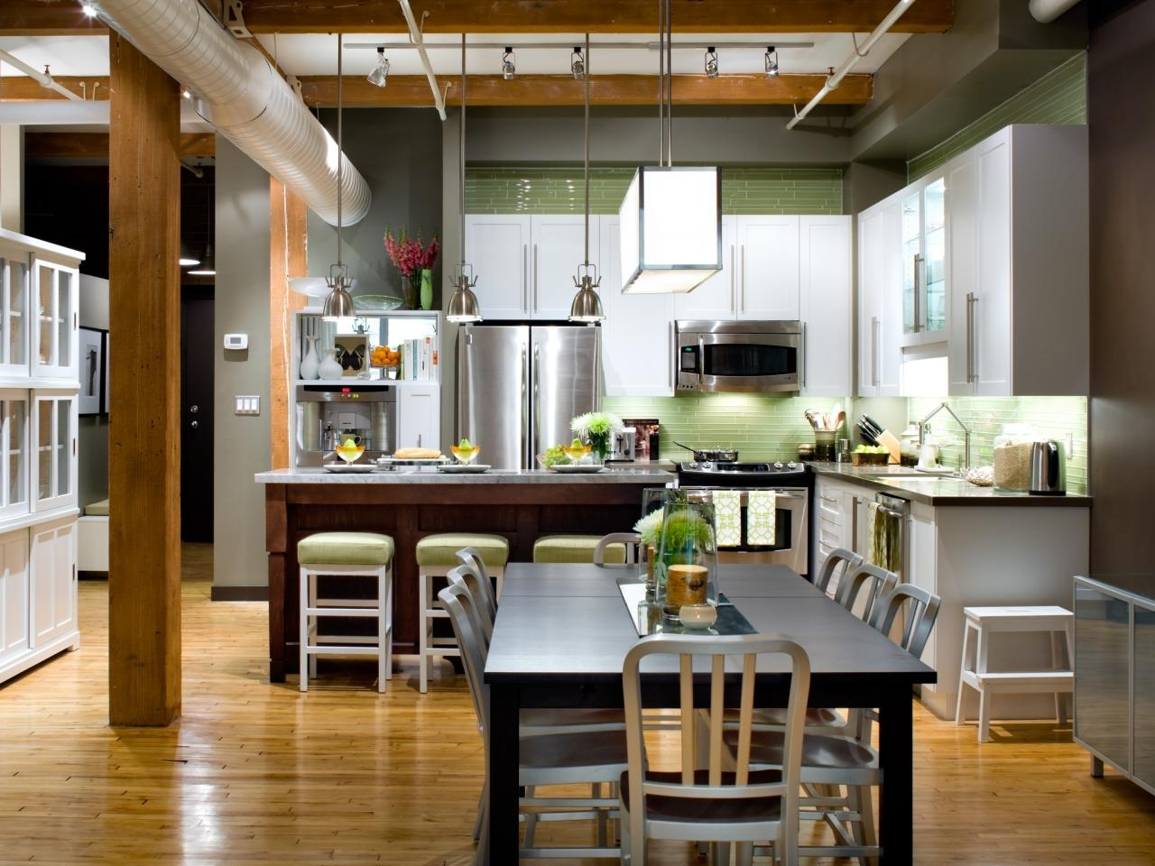 L Shaped Kitchen Design: Pictures, Ideas & Tips From Hgtv | Hgtv 40+ L Shaped Living Room Dining Room Decorating Ideas Inspirations