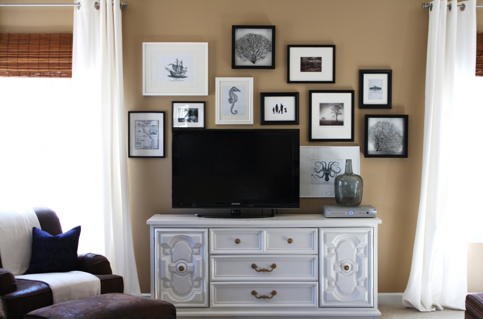 Lisa Mende Design: How To Decorate Around A Flat Screen Tv 40+ Decorating Living Room With Flat Screen Tv Inspirations