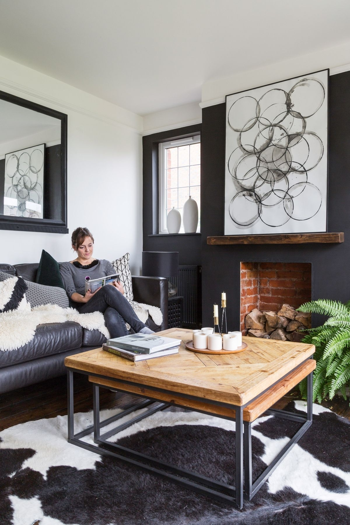 Living Room Paint Ideas: 17 Color Schemes To Switch Up Your Monochrome Living Room Decorating