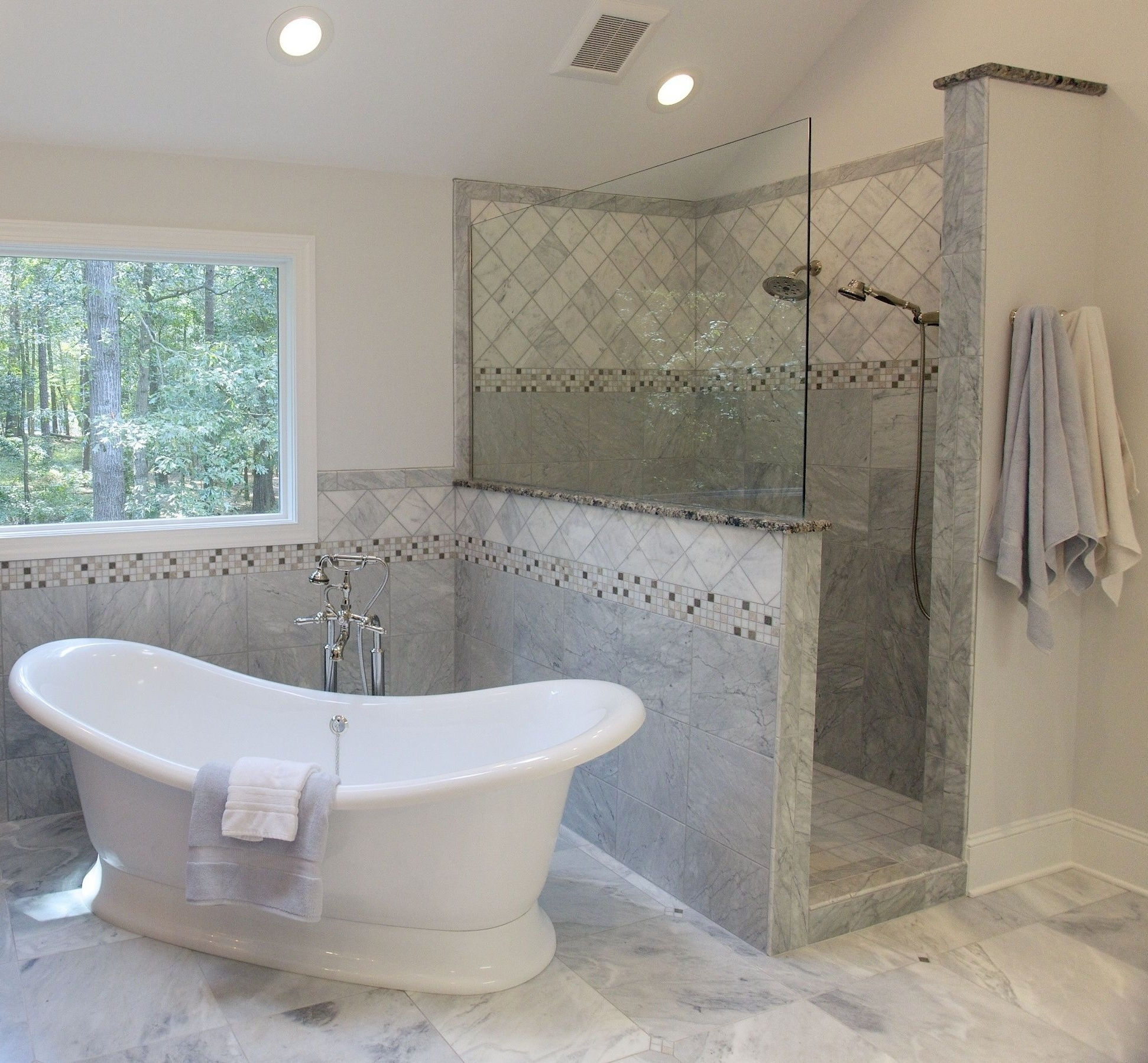 Master Bathroom: The Walk In Shower Makes This Low 30+ Romantic Master Bathroom Designs Pictures Ideas