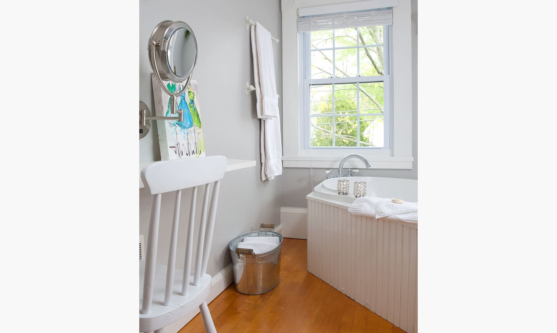 Midcoast Maine Lodging | Stay With The Best That Camden Has Champagne Bathroom Suite