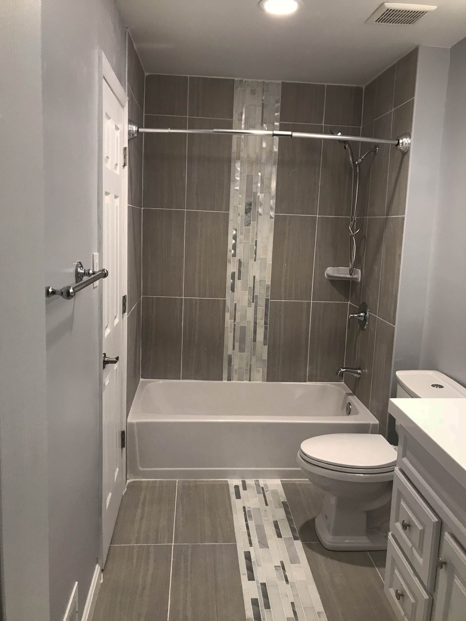 New Lowes Bathroom Shower Ideas Exclusive On Planet Home 20+ Lowe'S Creative Bathroom Inspirations