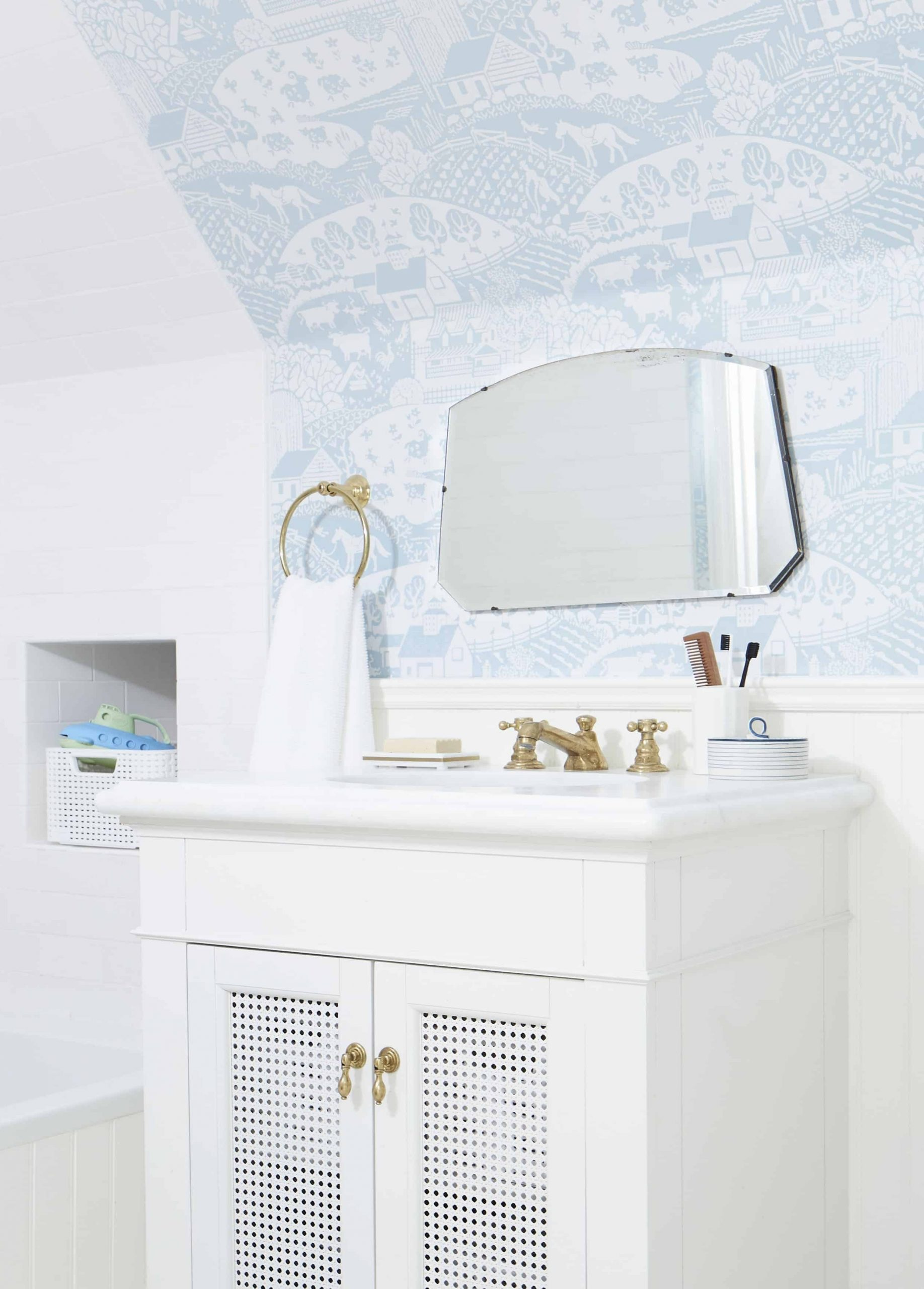 Our Kid'S Jack And Jill Bathroom Reveal + Shop The Look Cute Jack And Jill Bathroom