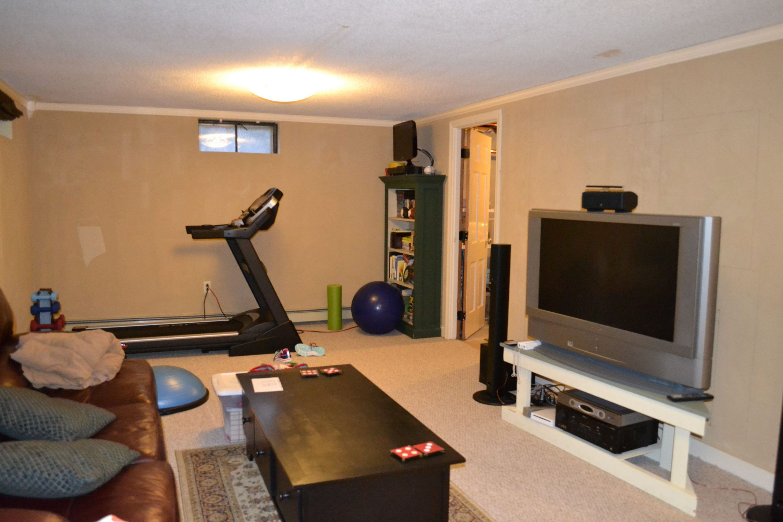 Photos Combining Family Room And Gym? Google Search Decorate Living Room With Treadmill
