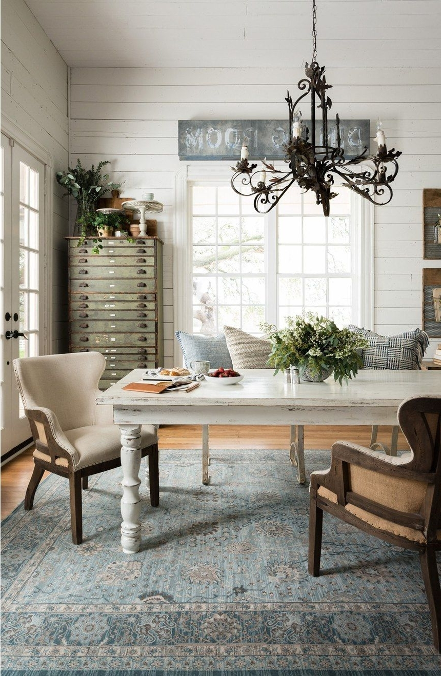 """Pin On """" French Country Farmhouse """" Joanna Gaines Dining Room Decorating Ideas"""