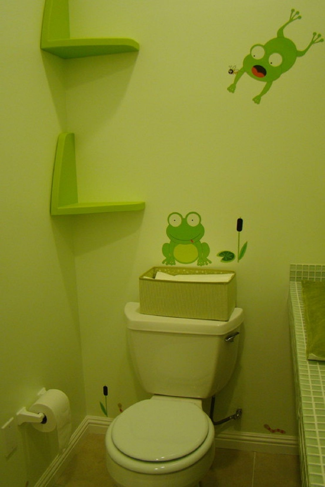 Pretty Green Frog Wall Decal With Custom Floating Shelves In 40+ Frog Bathroom Decorating Inspirations
