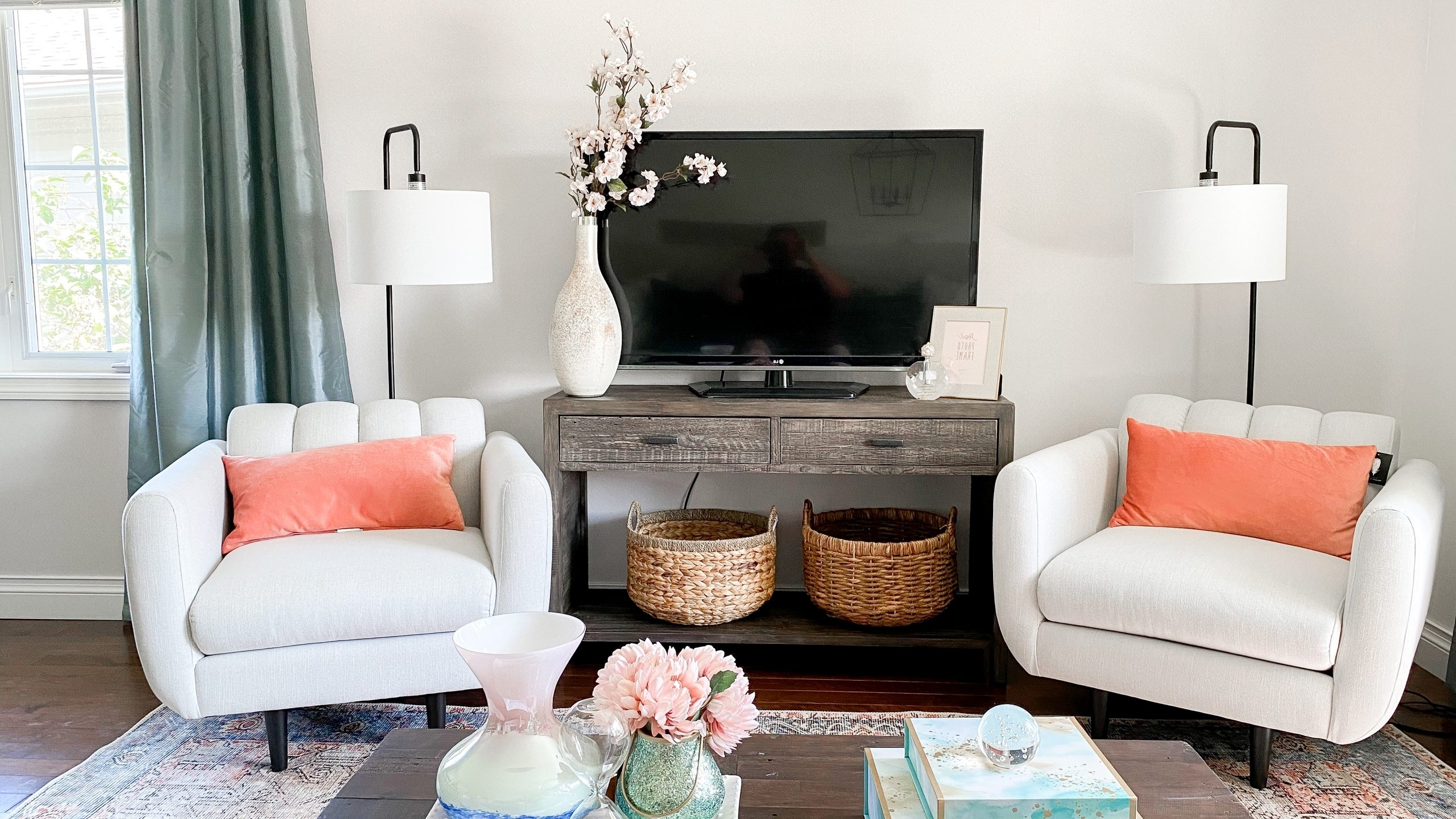 """Raised Ranch Living Room Before And After: The """"Mom Cave 10+ Raised Ranch Living Room Ideas"""