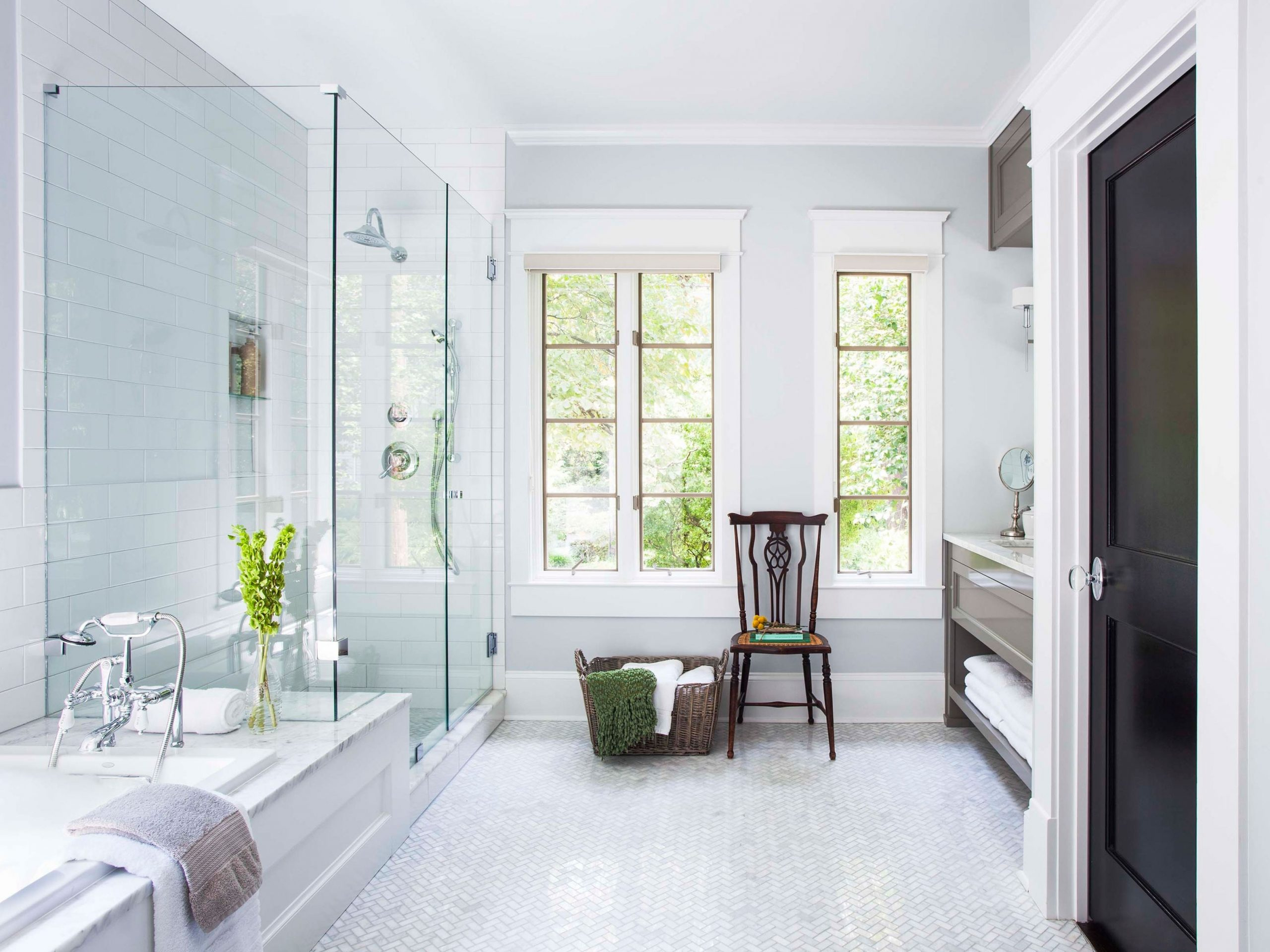 See How This Designer Refreshed A Master Bath And Laundry Combined Bathroom And Laundry
