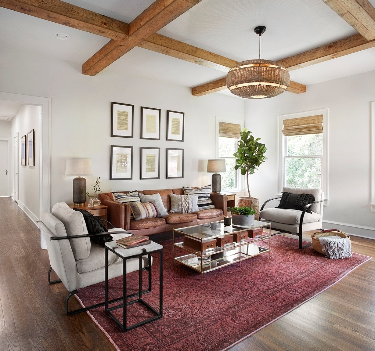 Shockingly Simple Design Rules Joanna Gaines Swearsfor A 20+ Living Room Fixer Upper Inspirations
