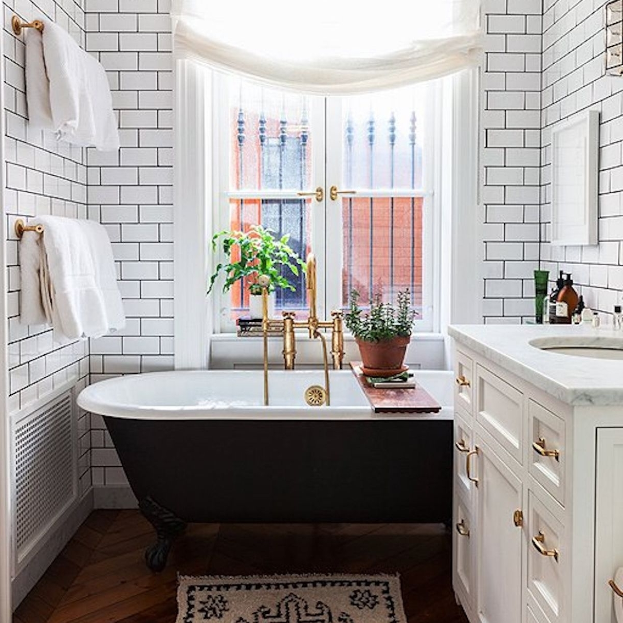 Small Bathrooms With Great Feng Shui Feng Shui Small Bathroom