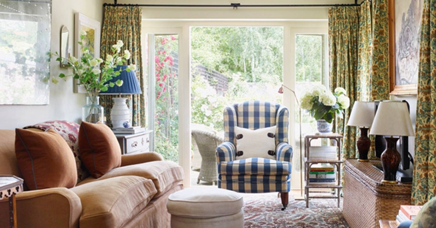 Small Cozy Cottage | Country Living Room Design Ideas 10+ Cosy Country Living Room Ideas