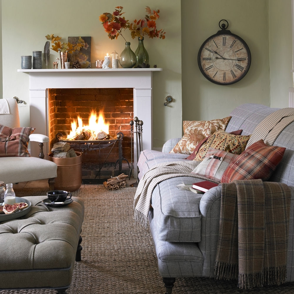 Small Living Room Ideas – How To Decorate A Cosy And Compact 10+ Cosy Country Living Room Ideas