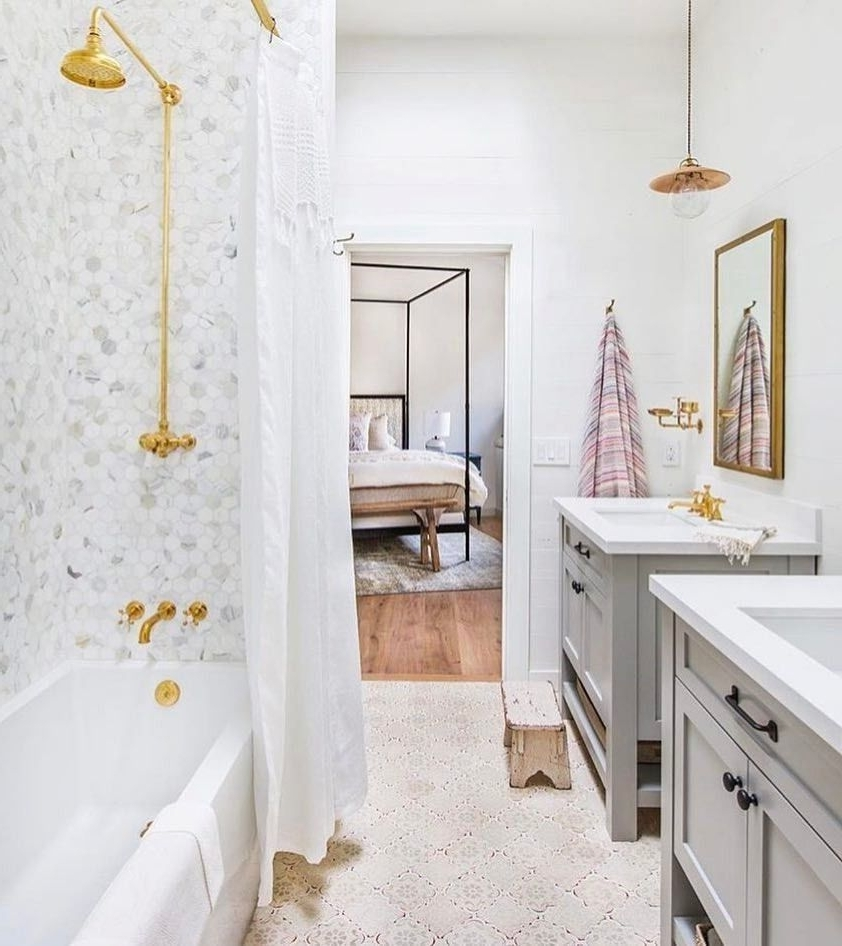 Such A Cute Little Jack And Jill Bathroom From 20+ Cute Jack And Jill Bathroom Inspirations