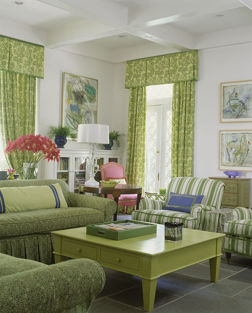 Tacky Living Room Decorating Mistakes That Made Us Face Palm 40+ Tacky Living Room Decor Mistakes Inspirations