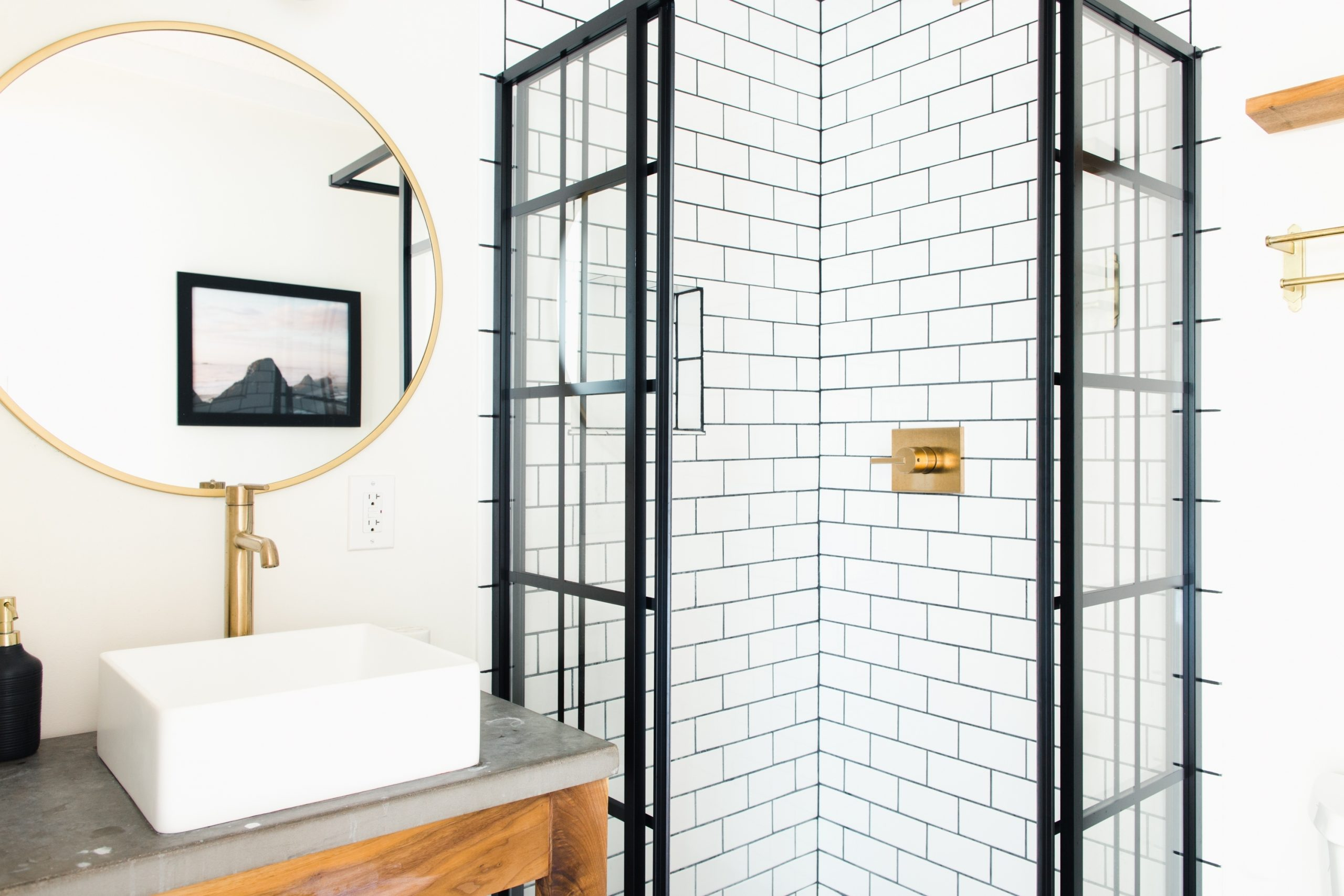 The Best Ways To Brighten Up A Window Free Bathroom 10+ Windowless Bathroom Design Inspirations