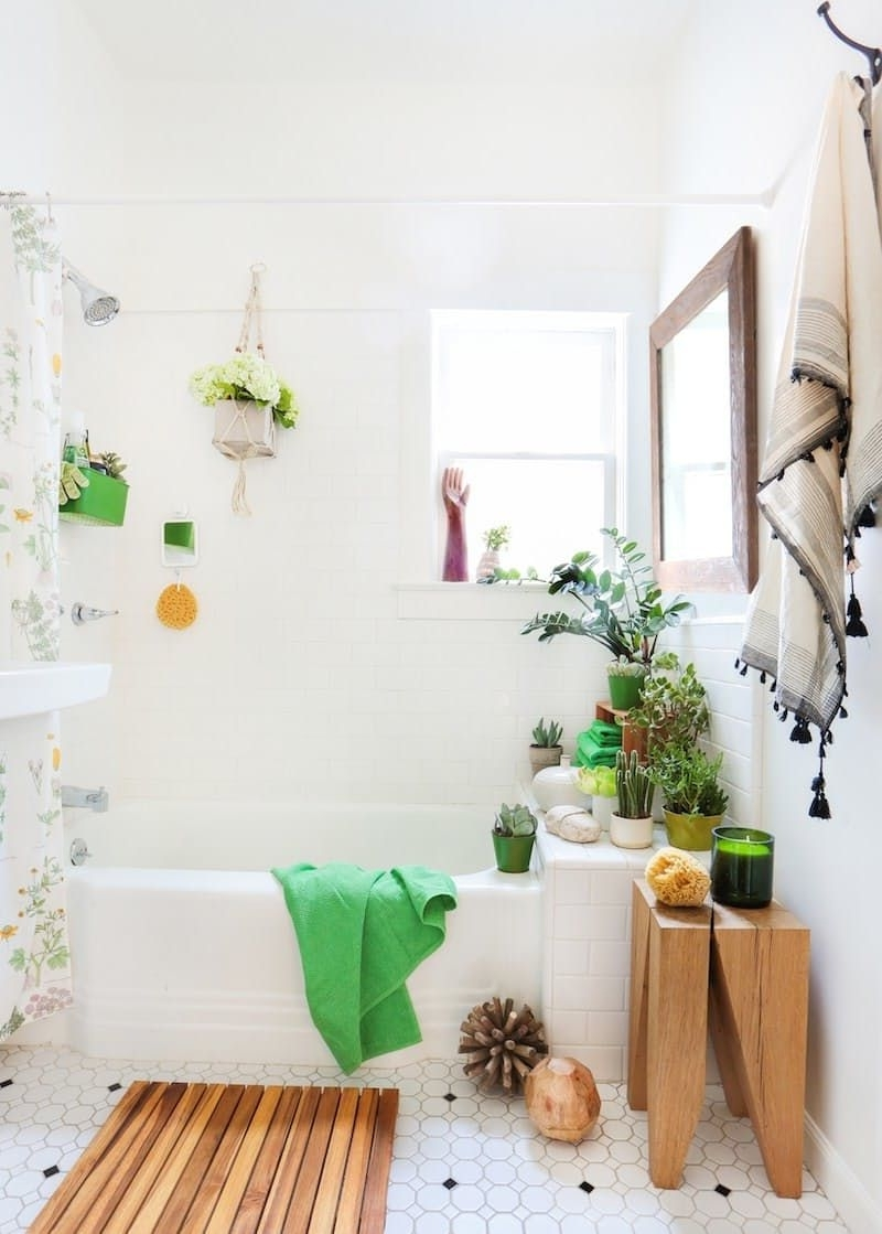 Turn Your Rental Bathroom Into A Spa—No Remodeling Required Tiny Rental Bathroom