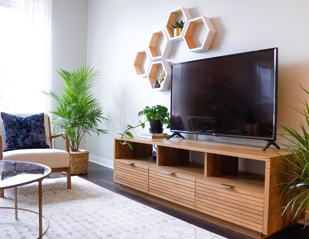 Tv Stand Décor Ideas For Your Living Room Hayneedle 40+ Decorating Living Room With Flat Screen Tv Inspirations