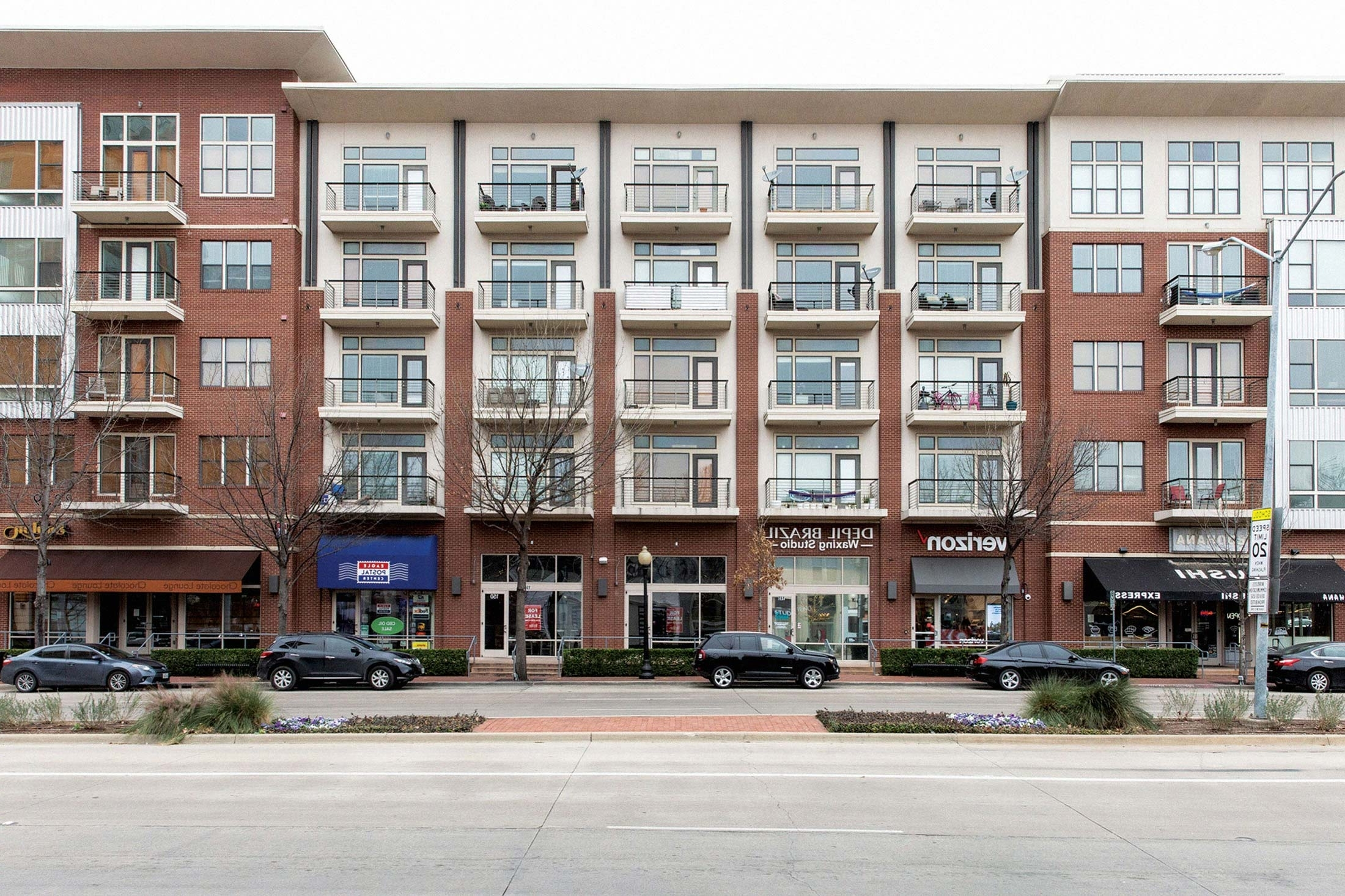 Why America'S New Apartment Buildings All Look The Same Texas Donut Apartment Design