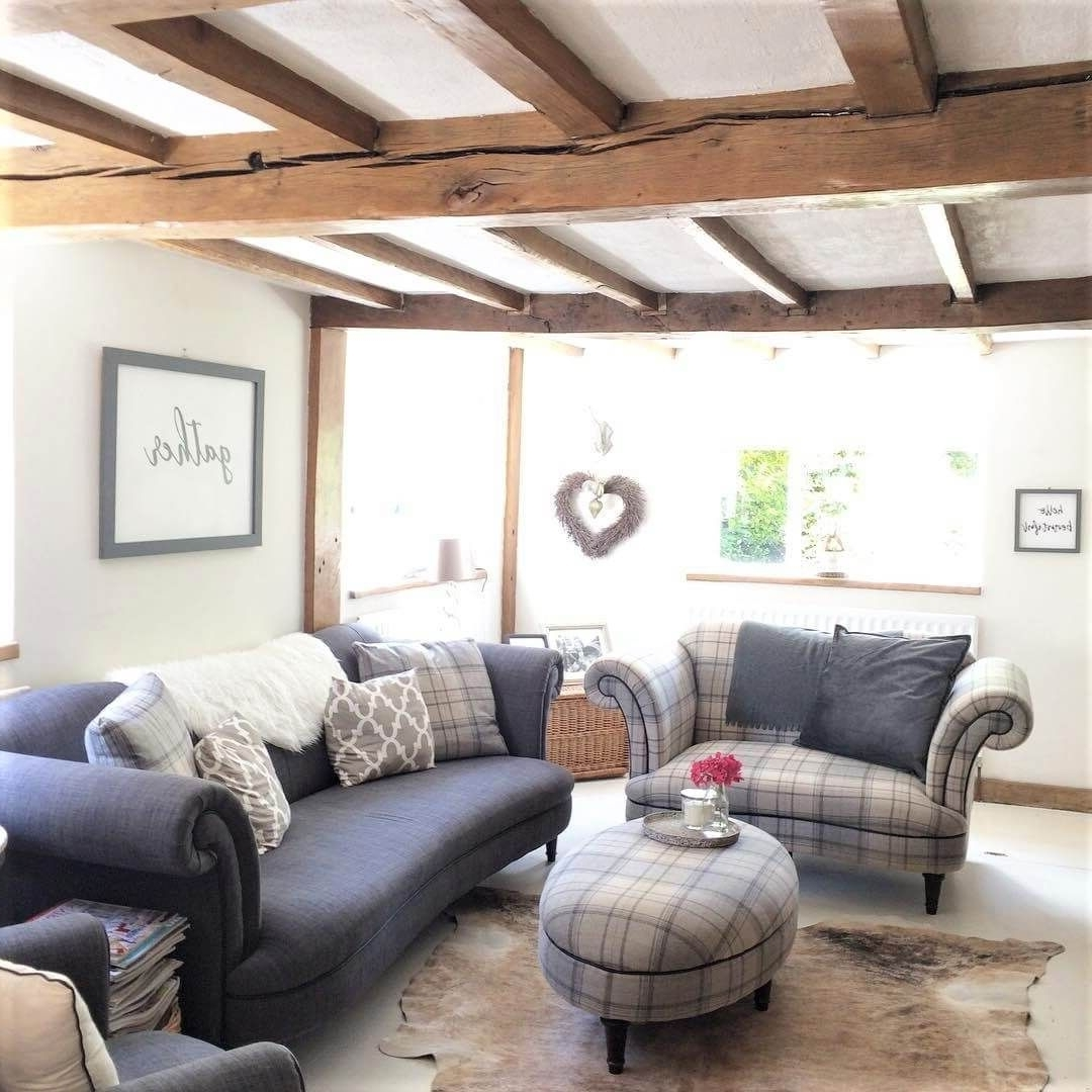 Would You Renovate A Listed Building? Amanda Did (Part 1 10+ Cosy Country Living Room Ideas