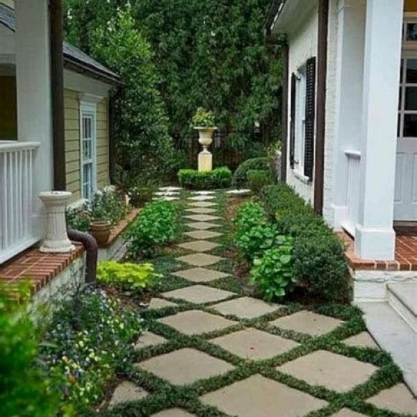 Totally Inspiring Front Yard Pathway Ideas 41