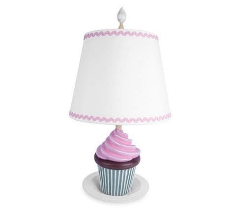 Amazing Cute Lamps Ideas For Bedroom 07