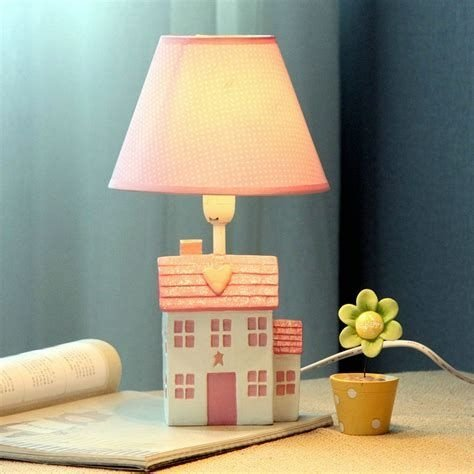Amazing Cute Lamps Ideas For Bedroom 18