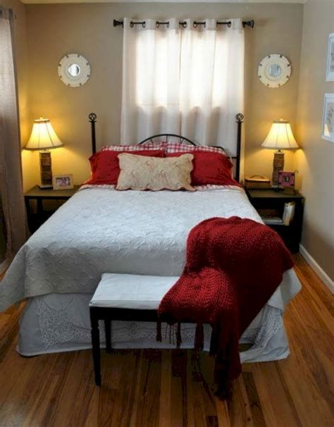 Totally Comfy Simple Bedroom Design For Middle Class Family Ideas 04