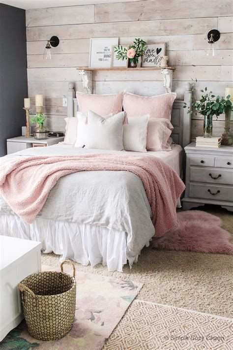 Totally Comfy Simple Bedroom Design For Middle Class Family Ideas 20
